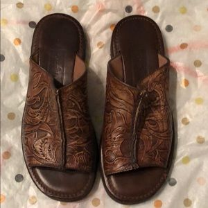 Cole Haan Tooled Leather slide gently used